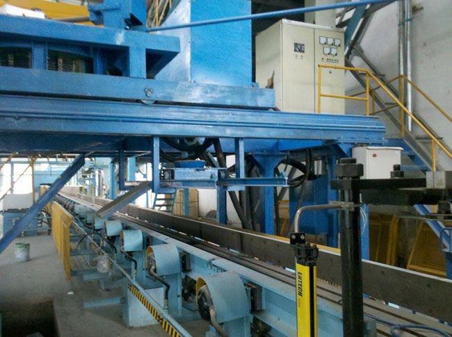 Two vertical parting box squeeze molding production line